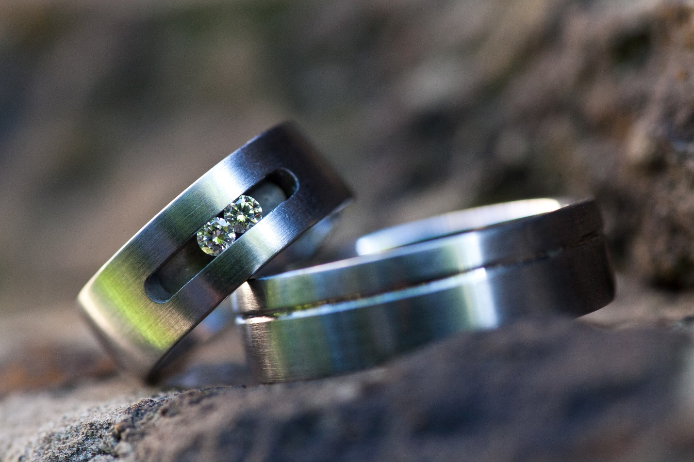 It is just an image of Titanium vs. Tungsten: Which One Is the Lord of the Rings?